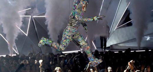 В 2017 году MTV видео музыка наград