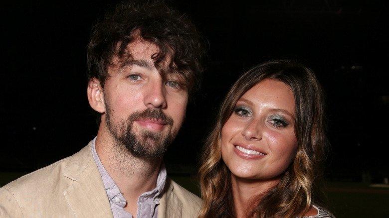 Эли Мичалка вышла замуж за кинематографиста Стивена Рингера в 2015 году